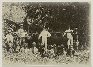 berburu babi hutan di Kampung Gondangan dekat Kedoe1901